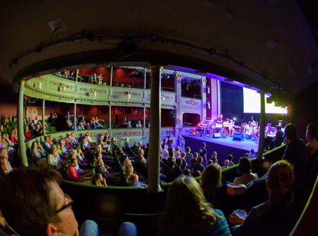 A Rainbow in Curved Air at the Bristol Proms