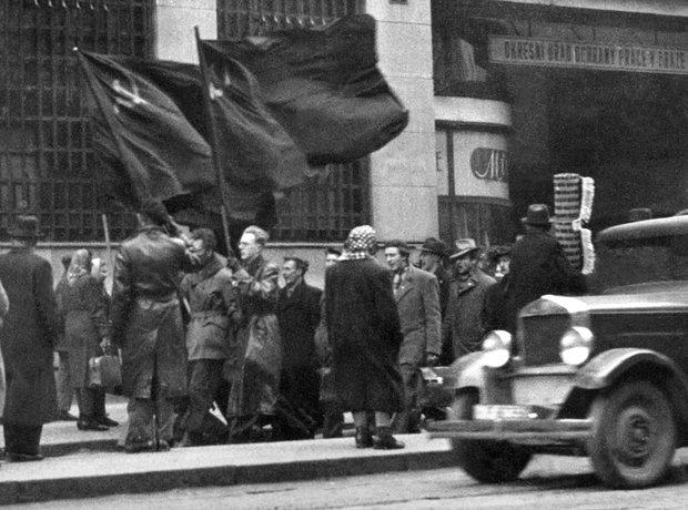 Communists Prague 1948