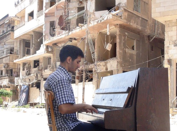Palestinian Pianist