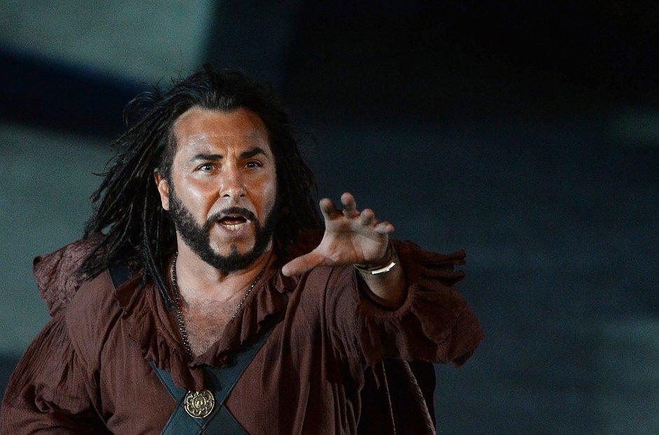 Roberto Alagna in Verdi's Otello