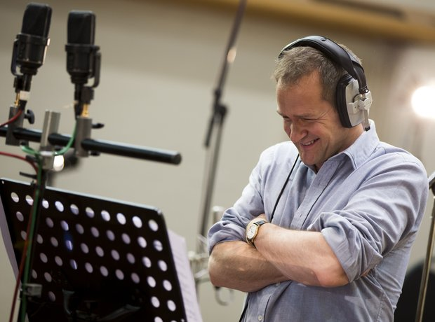 Alexander Armstrong Classic FM Charity Single Global
