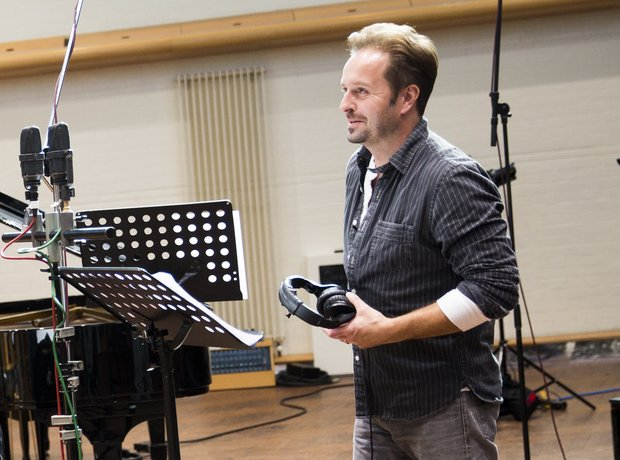 Alfie Boe Classic FM Charity Single Global Make Some Noise