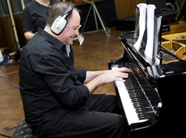 Tim Lihoreau Classic FM Charity Single Global Make Some Noise