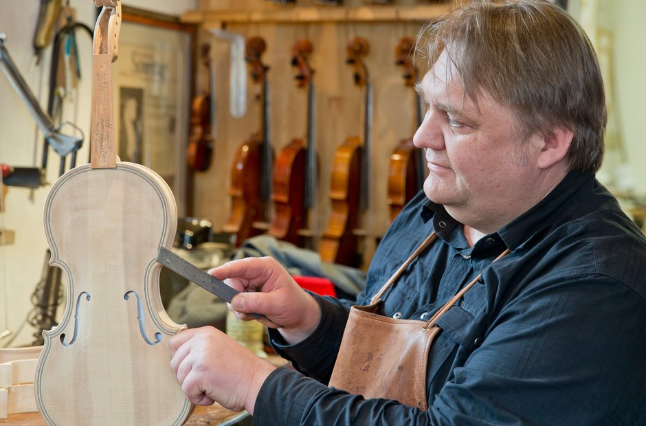Violin Making - PA Photos