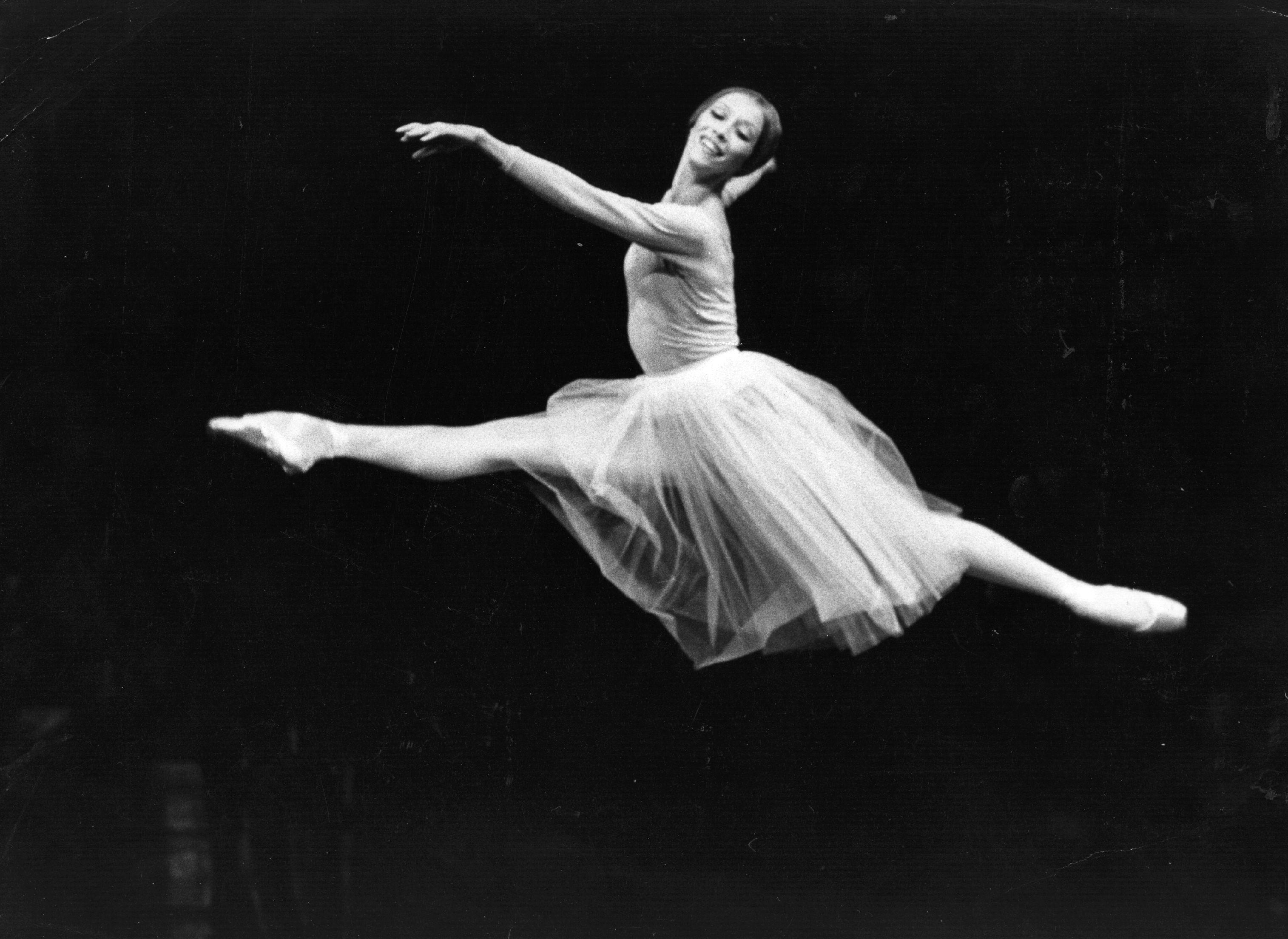 Natalia Makarova ballerina