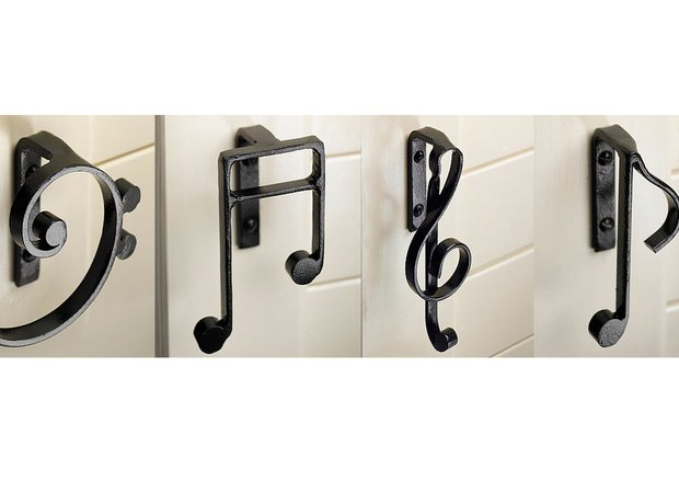 Musical cupboard handles