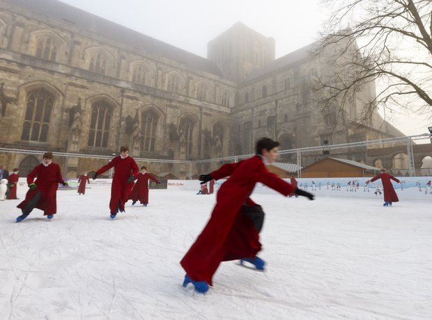 ice skating choirboys winchester cathedral