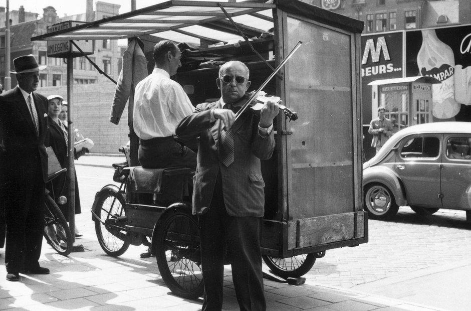 Vintage busking pictures