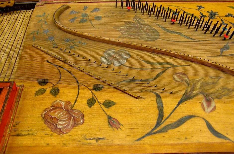 beautiful musical instruments harpsichord Hogwood