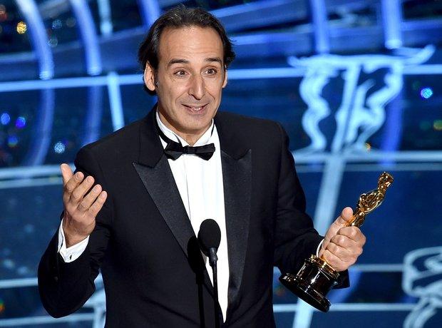 Alexandre Desplat wins an Oscar