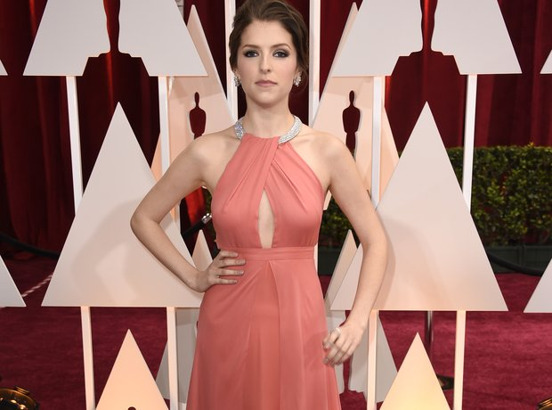 Anna Kendrick at the Oscars 2015