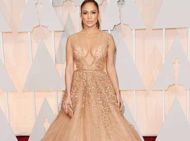 Jennifer Lopez arrives at the Oscars