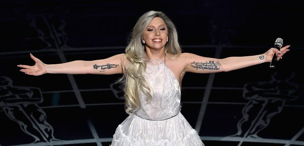 We asked a classical singer to appraise Lady Gaga's Oscars performance
