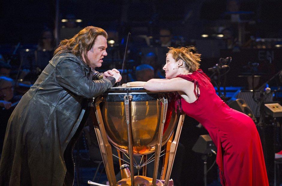 Bryn Terfel and Emma Thompson in Sweeney Todd
