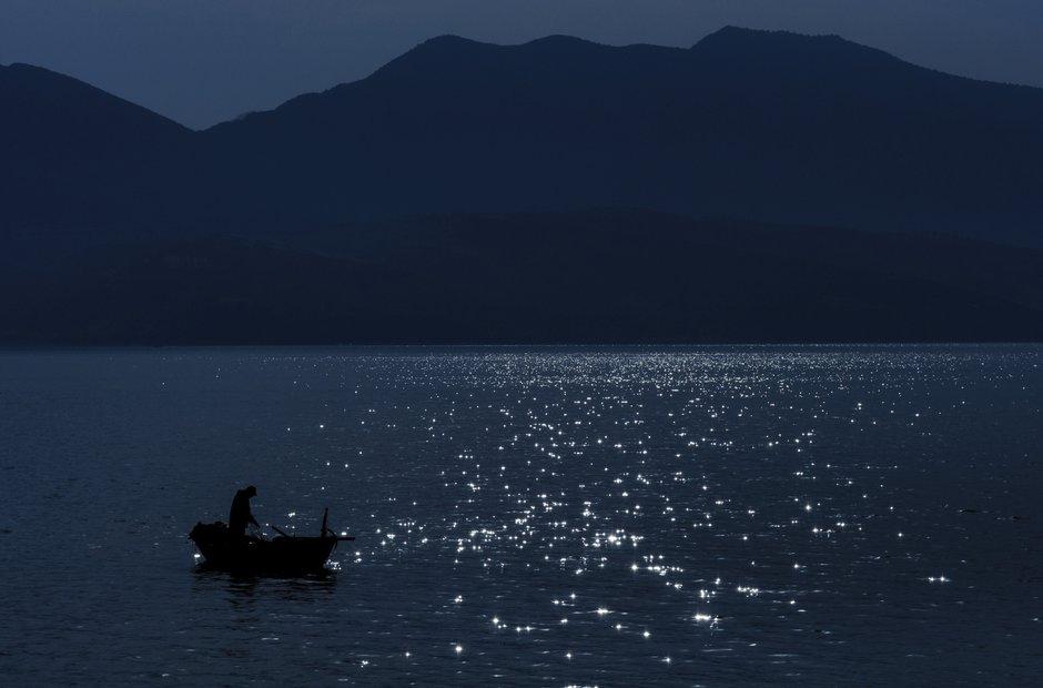 moon lake mountain