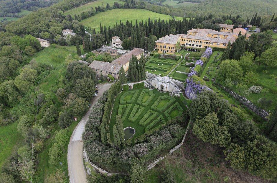 Villa La Foce Tuscany