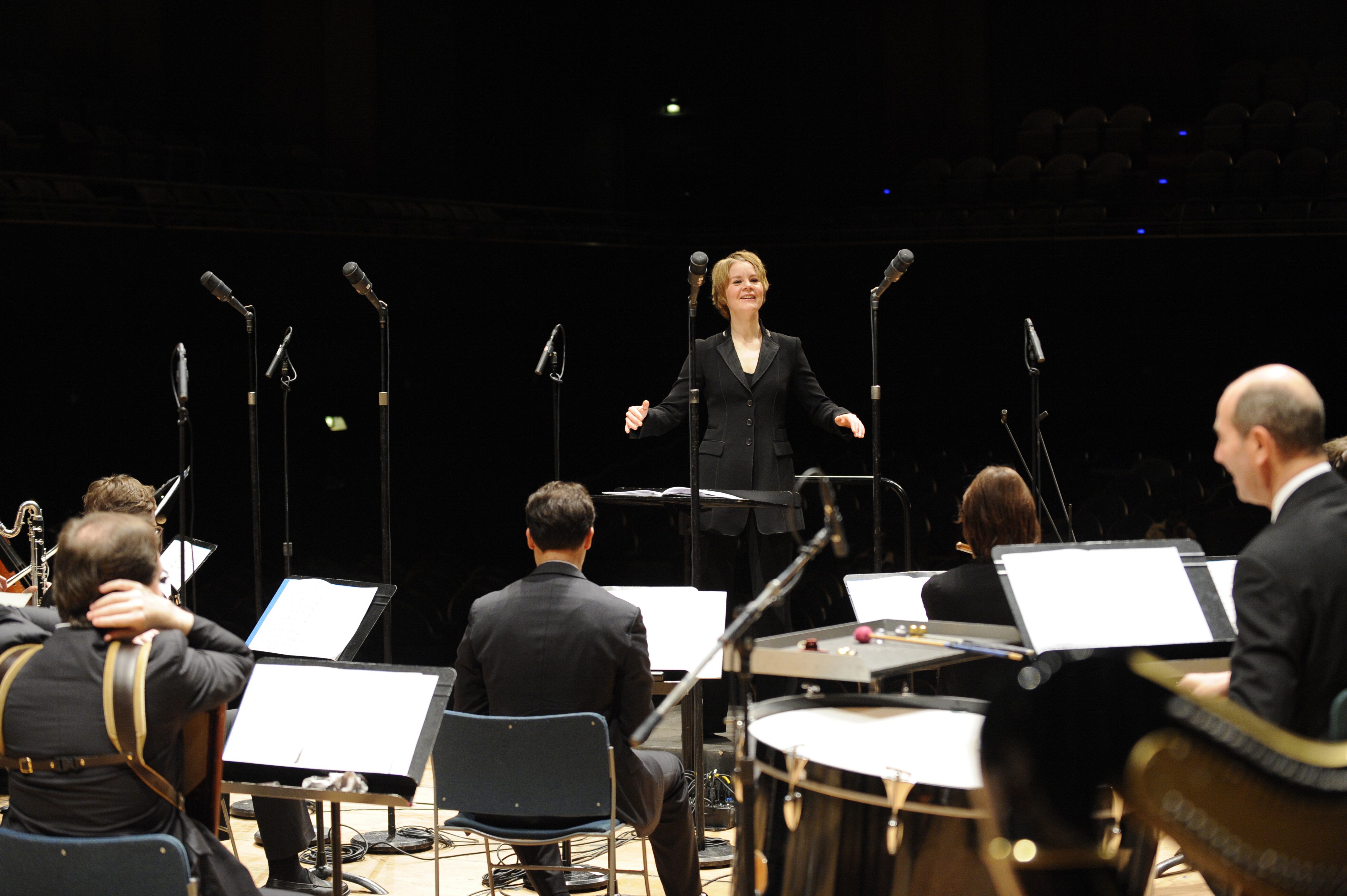 Susanna Malkki conducts the Ensemble Intercontempo