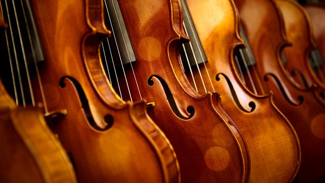 Violin instruments discover music classic fm for Classic house string sound