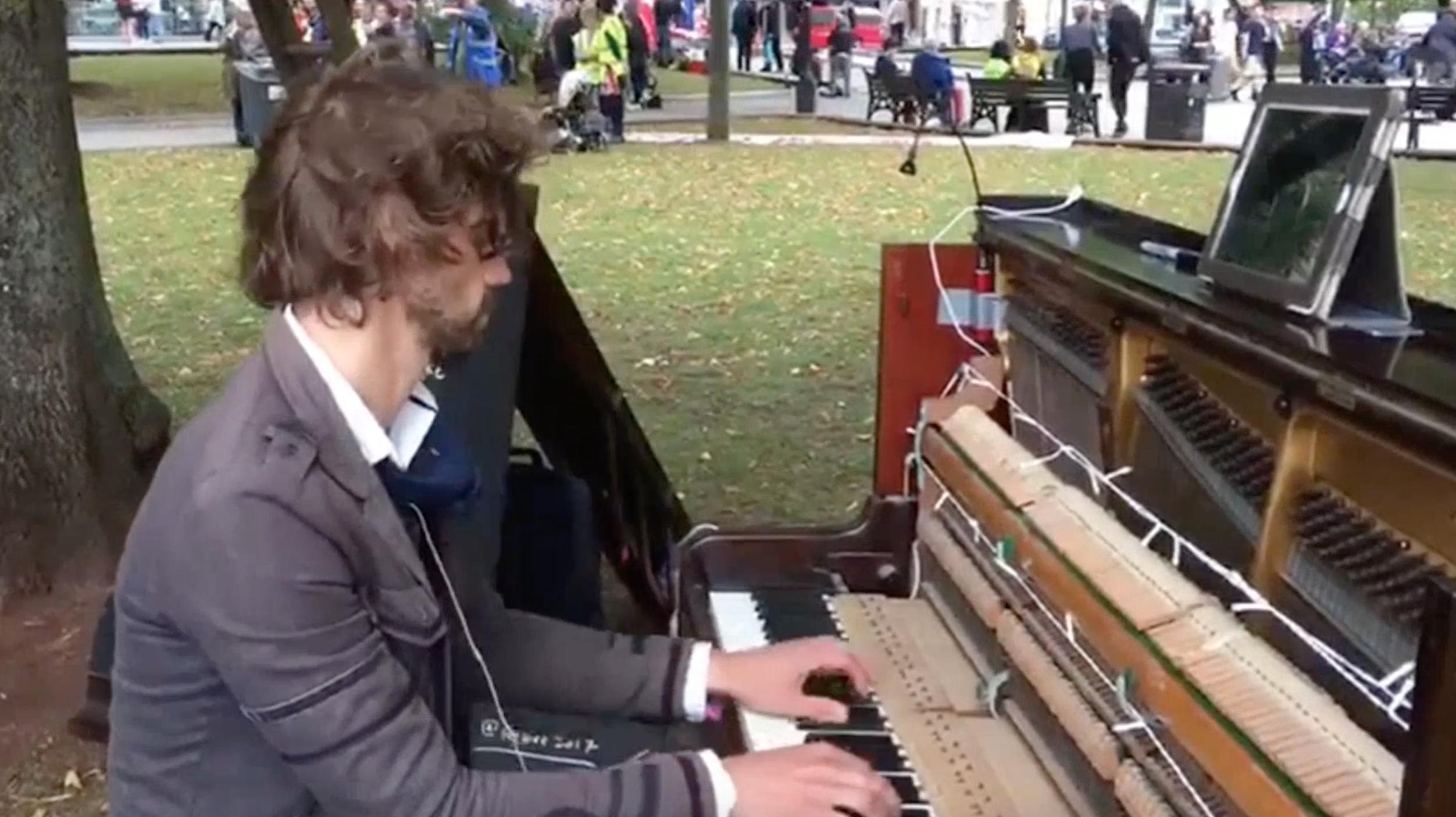 Luke Howard Bristol pianist