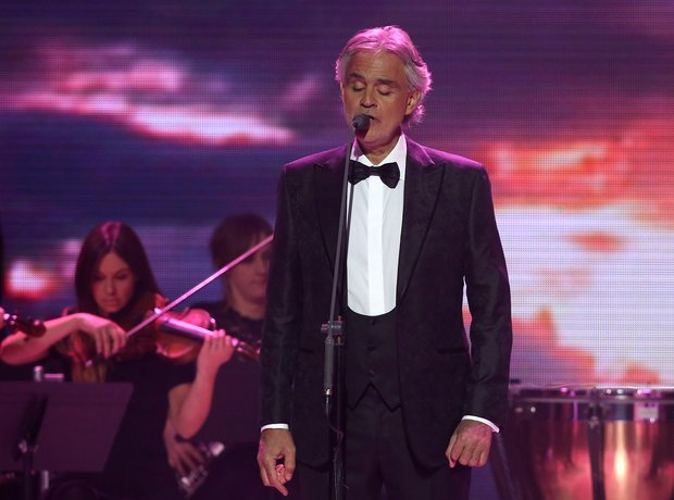 Andrea Bocelli Global Awards 2018 performance