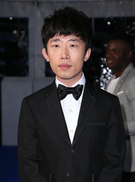 Ji Liu Global Awards 2018 blue carpet