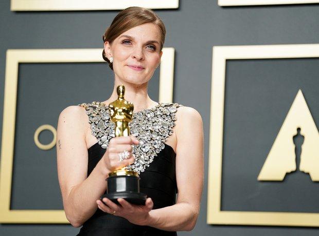 Hildur Guðnadóttir wins Oscar for Joker